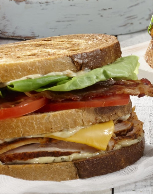 Lunch menu : sandwiches and avocado toast